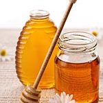 Sweet Anti-Aging Honey Hacks